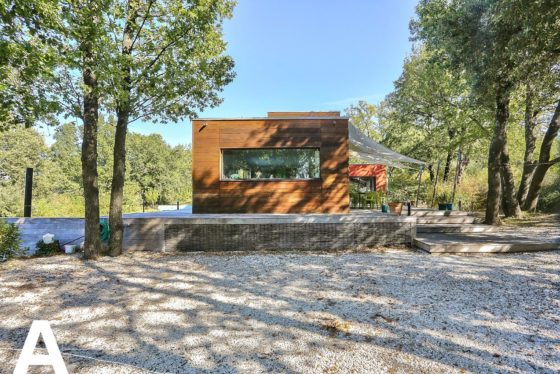 buy-sell-bioclimatic-wood-house-real-estate-uzes-les-archineurs