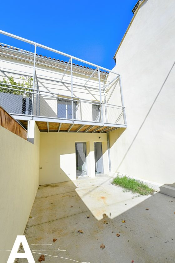 buy-sell-house-to-update-real-estate-nimes-sommieres-real-estate-les-archineurs