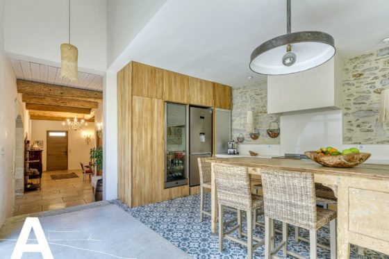 buy-sell-stone-house-real-estate-nimes-real-estate-les-archineurs