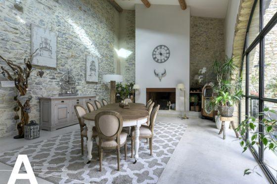 achat-vente-maison-ancien-moulin-a-huile-rehabilite-nimes-immobilier-insolite-les-archineurs