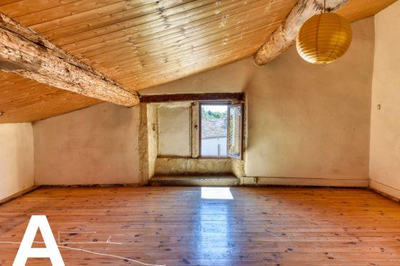 achat-vente-maison-de-village-en-pierre-immobilier-sommieres-les-archineurs-immobilier-insolite